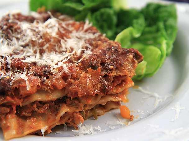 Lasagne med svamp och rosmarin