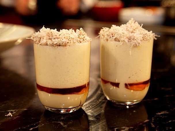 Lassi på kokos yoghurt och honung