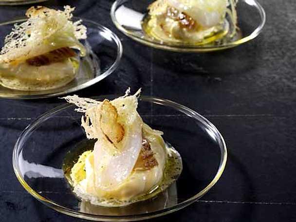 Lättbakad torsk med fänkål och äggkräm