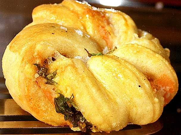 Laxknutar med rökt lax och parmesan
