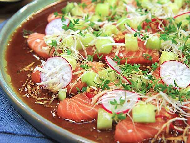 Laxsashimi med chili- och sojadressing
