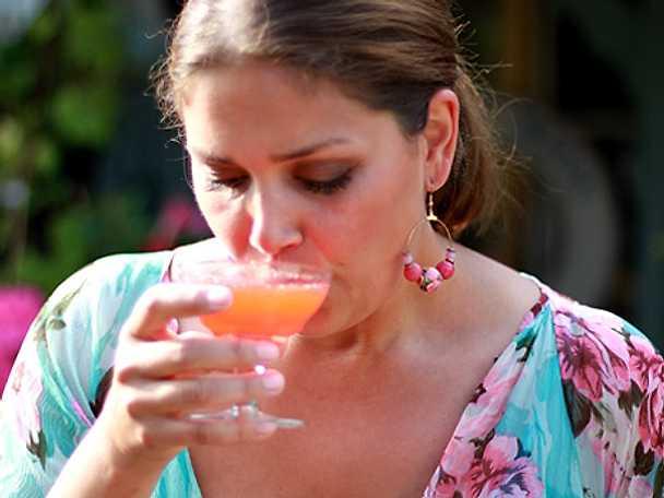 Leilas rabarber- och jordgubbsmartini