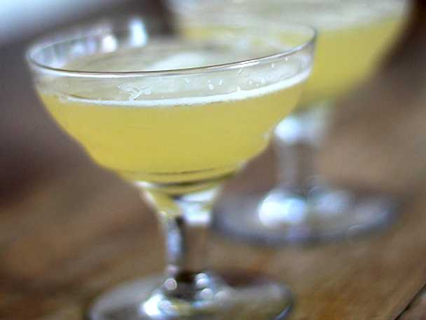 Leilas whiskey sour
