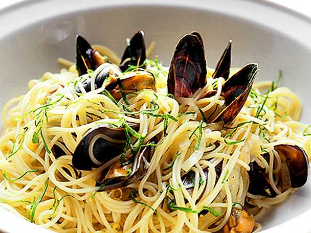 Linguine med musslor i chili