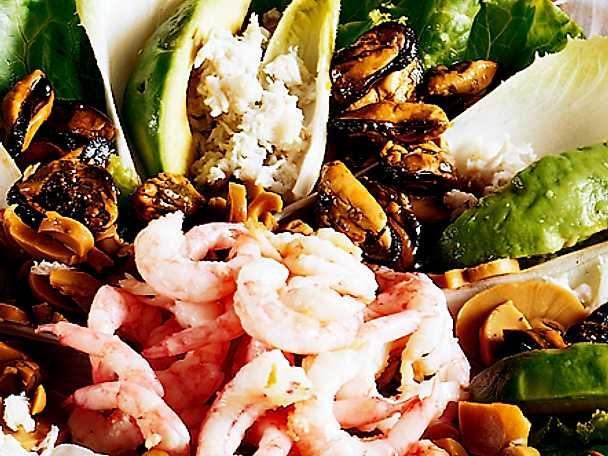 Lunchsallad med skaldjur