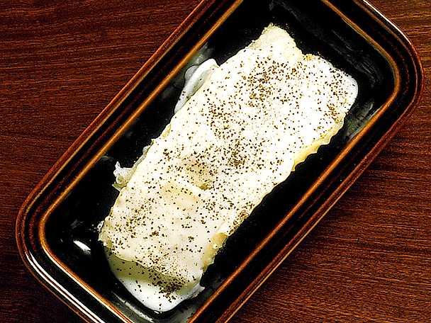 Lutfisk med vit sås