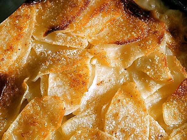 Lyxig potatisgratäng med getost