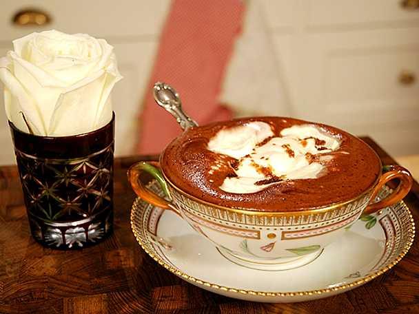 Lyxig varm choklad med ingefära