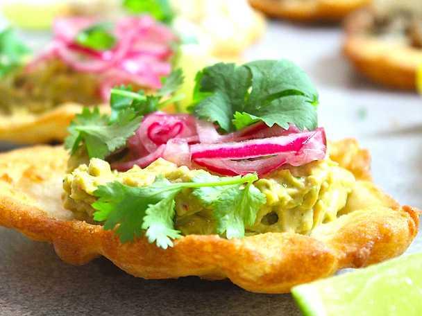 Lyxiga langos med pulled chicken och guacamole