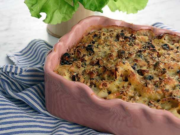 Mac 'n' cheese med blomkål och hasselnötter