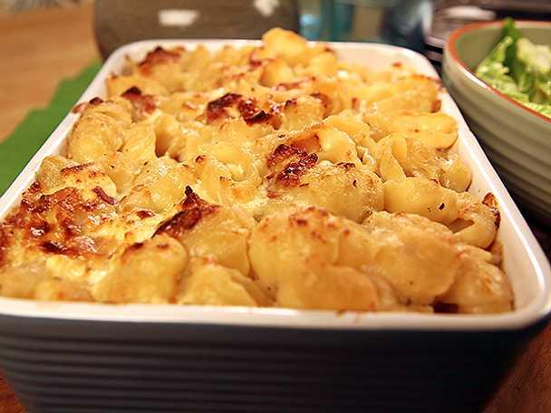 Mac 'n' cheese med rostad majssallad