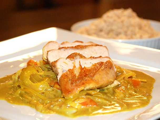 Majskyckling med ris och currysås