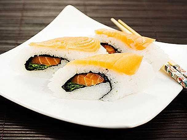 Maki Nigiri med lax och tonfisk