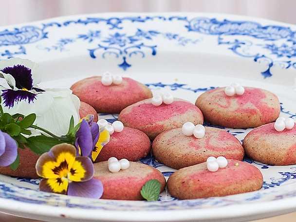 Marmorerade roskakor