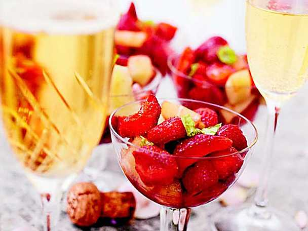 Melon- och jordgubbsdessert