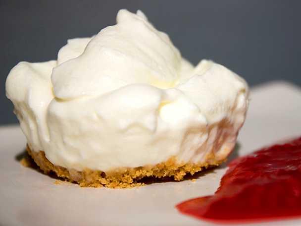 Minicheesecake på pepparkaksbotten