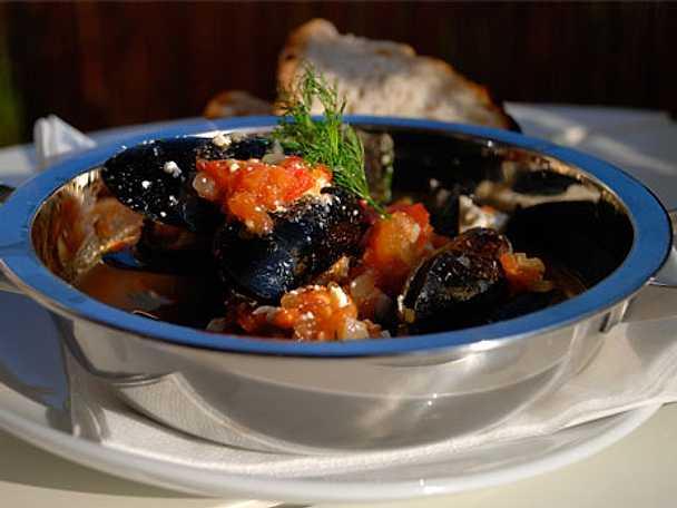 Mydia saganaki - musslor och fetaost