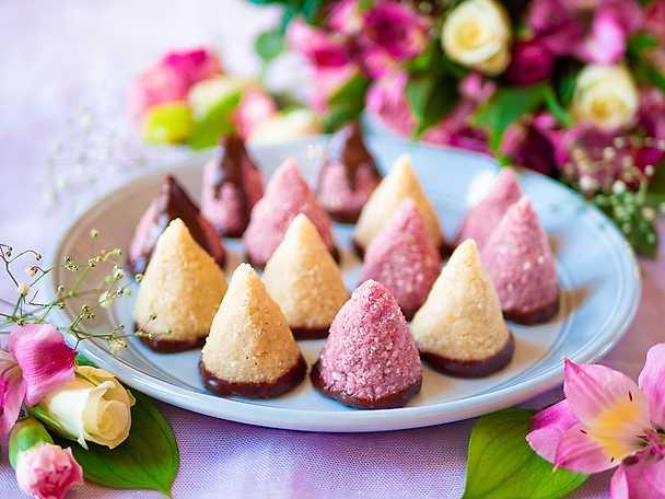 No bake kokostoppar med chokald
