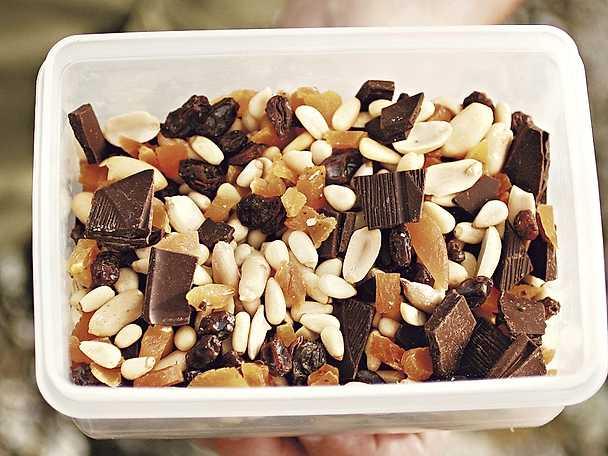 Nöt-, frukt- och chokladblandning