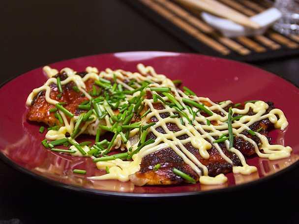 okonomiyaki, japansk pannkaka