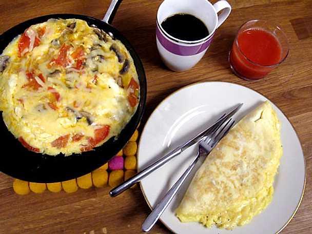 Omelett på två olika sätt