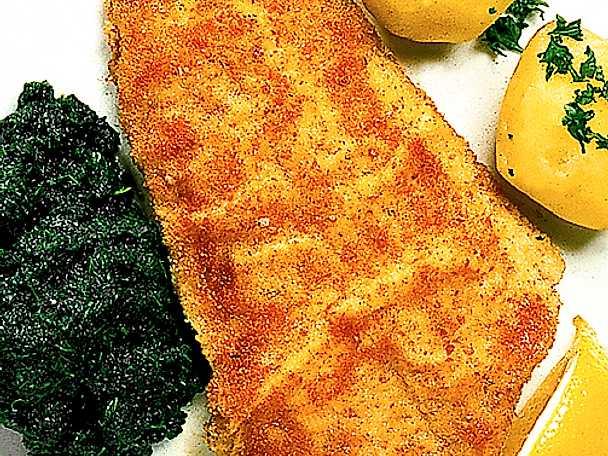Panerad fiskfilé med nässlor