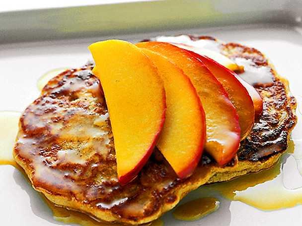 Pannkaka med nektarin