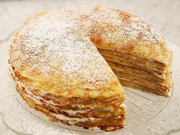 Pannkakstårta med lemoncurd