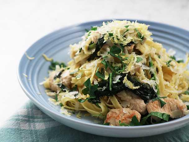 Paolos pasta med kalkon och svartkål