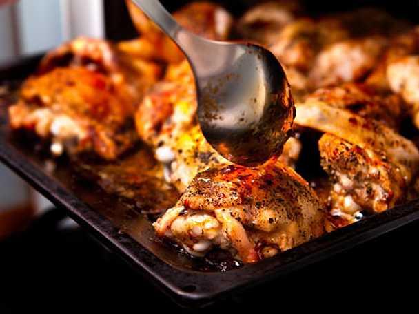 Parmalindad kycklingfilé med ugnsrostad örtpotatis