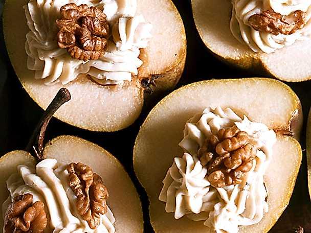Päron med ostkräm