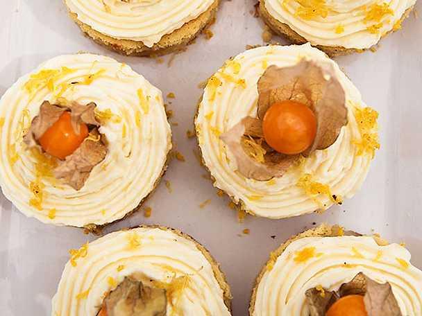 Päronrutor med citronfrosting