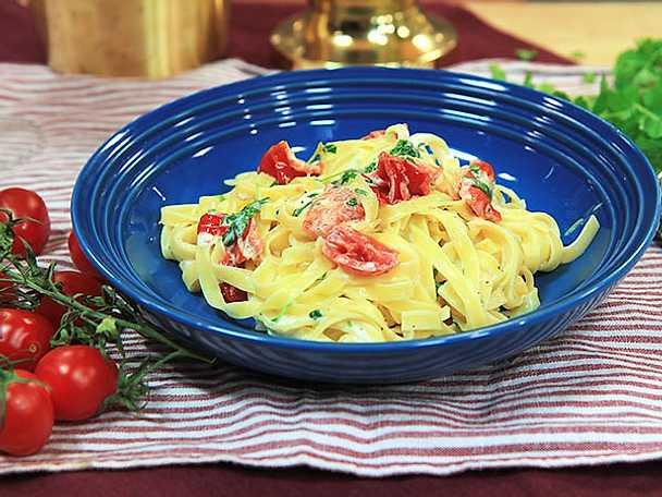 Pasta med tomat och mascarpone