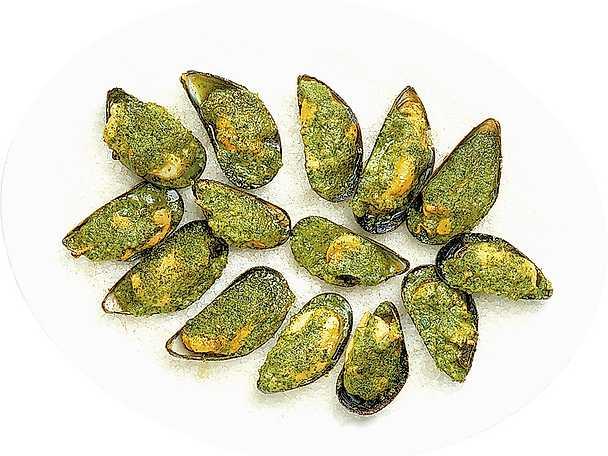 Persilje- och vitlöksgratinerade musslor