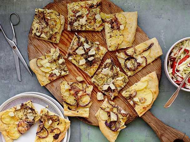 Pizza bianco med potatis och kronärtskockskräm