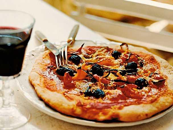 Pizza med rostade grönsaker