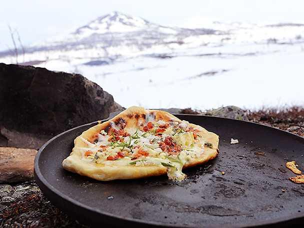 "Pizza på grillen ""3 formaggio"""