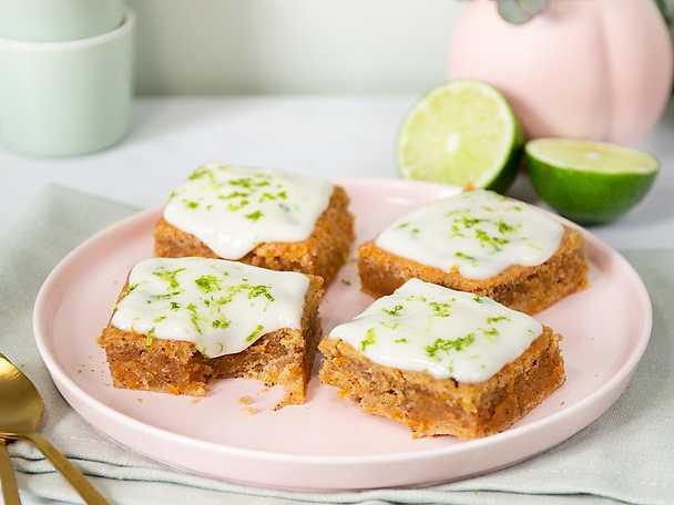 Planti Saftig vegansk morotskaka med syrlig frosting