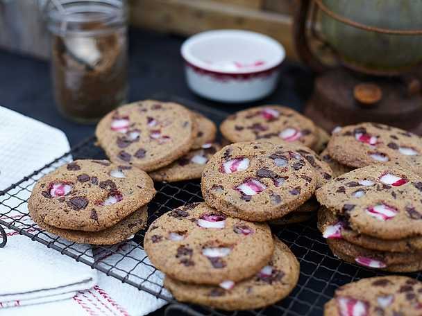 Polka chocolate chip cookies