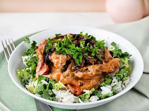 Portabello stroganoff med ris och grönkål