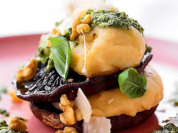 Portobello med potatismos och pesto
