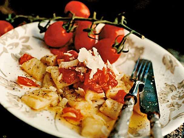 Potatisgnocchi med tomatsås