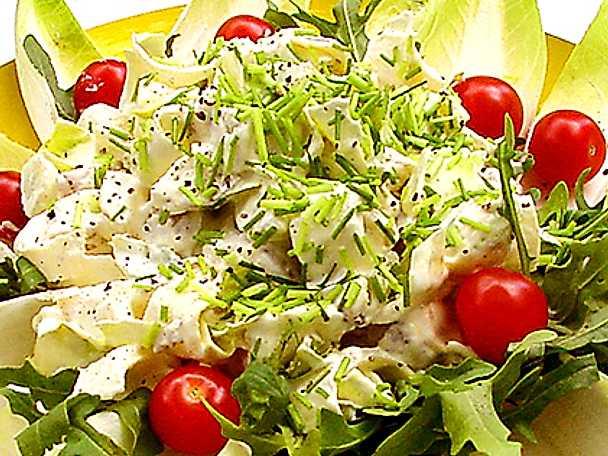 Potatissallad med färskpotatis och endiver