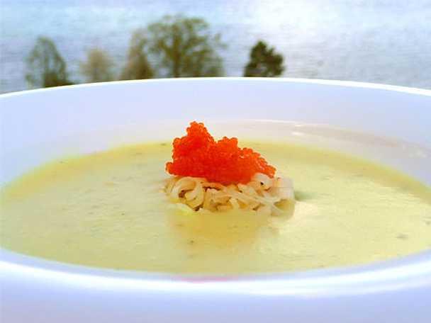 Potatissoppa med rom och purjolök