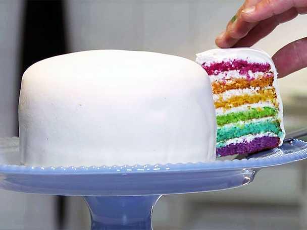 Pridetårta med marsipan - se & gör