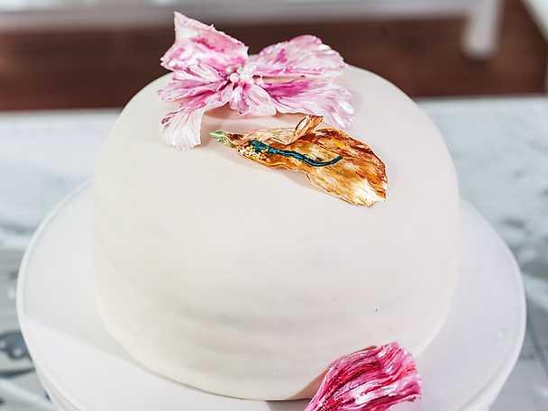 Pridetårta med marsipan