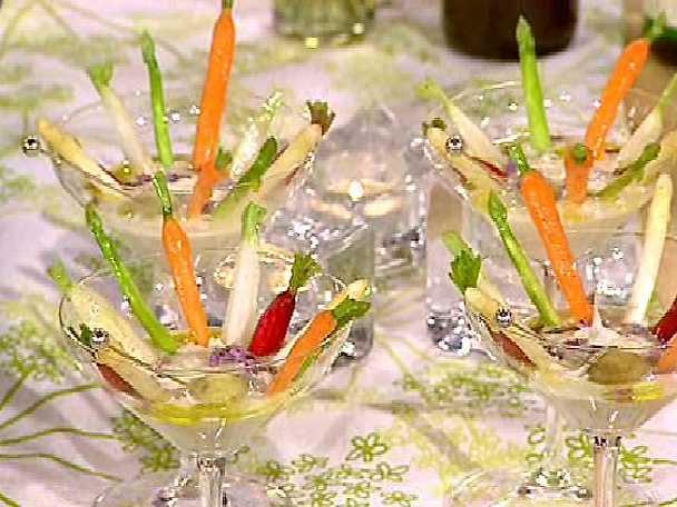 Primörcruditéer med Ajo blancocrème