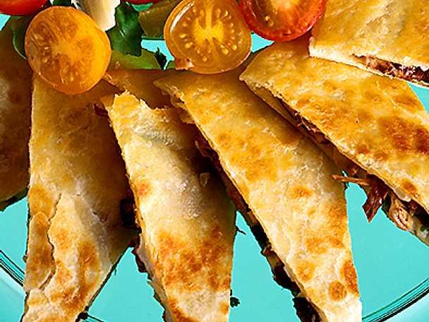 Quesadillas, mozzarella och champinjoner