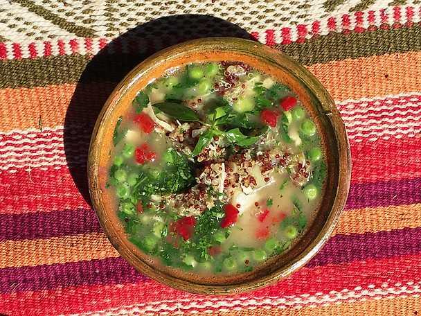 Quinoasoppa med kyckling