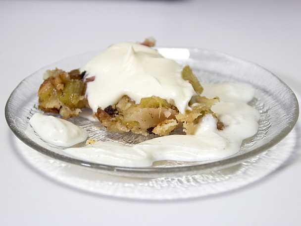 Rabarberpaj med smak av mandel